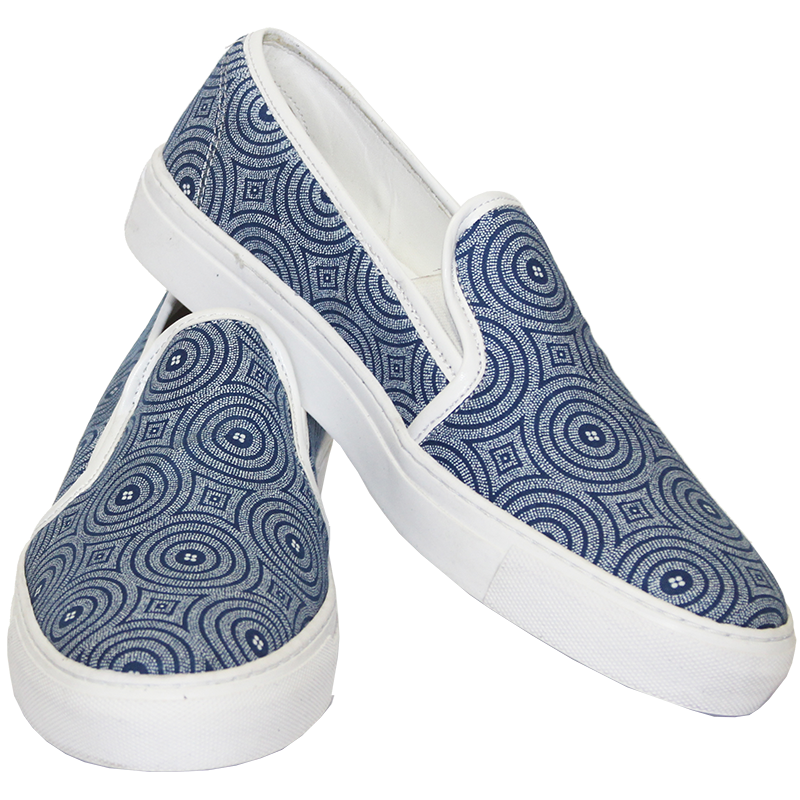 Blue Tribal Skaters